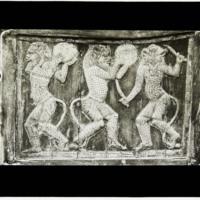 Panneau sculpté des 3 danseurs